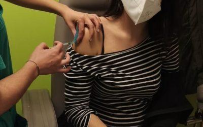 As traballadoras de AGADEA reciben a vacina fronte á COVID-19